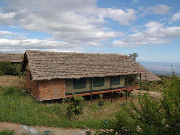 Ngorongoro Wildcamp1